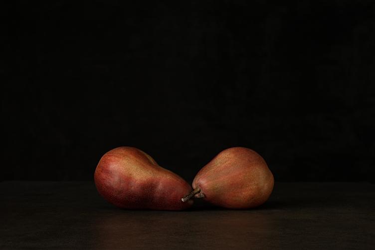 2 Pears